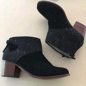 Toms Leila Booties Suede Wool 5.5 Black Grey